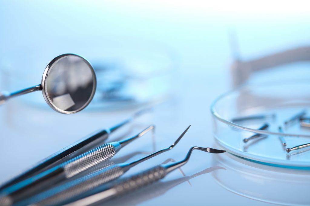 who offers dental implants north charleston sc?