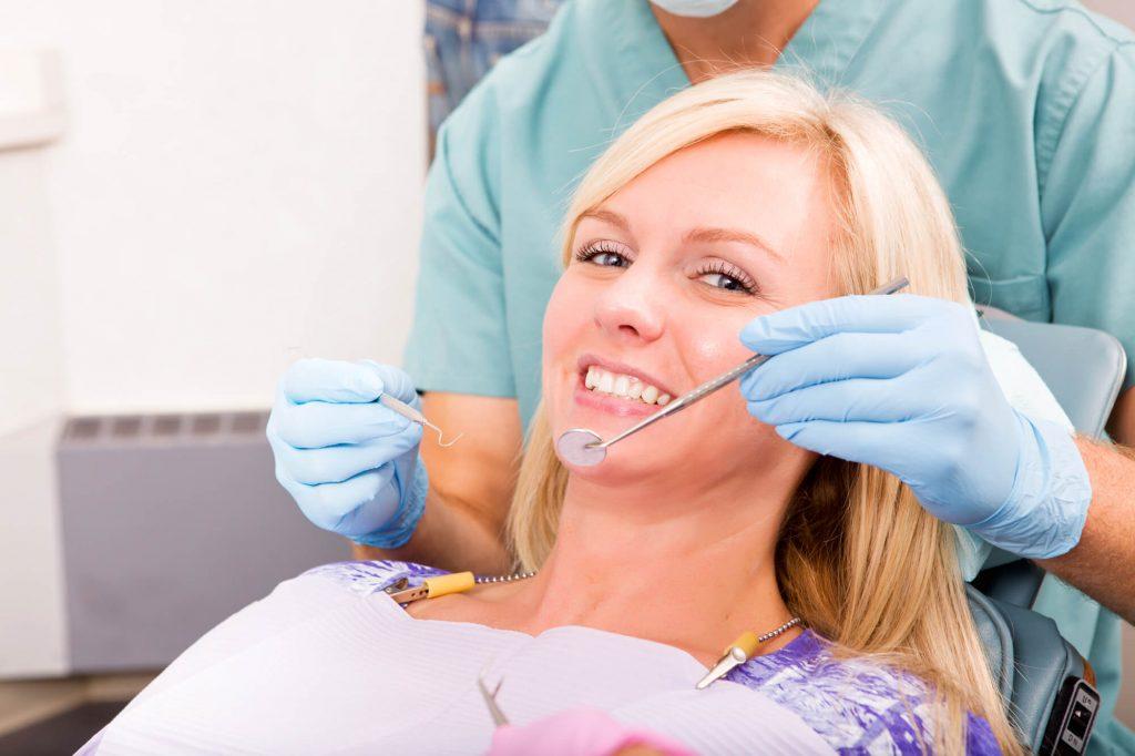 where is the best emergency dentist charleston?